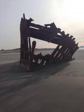 Peter Iredale shipwreck in Oregon