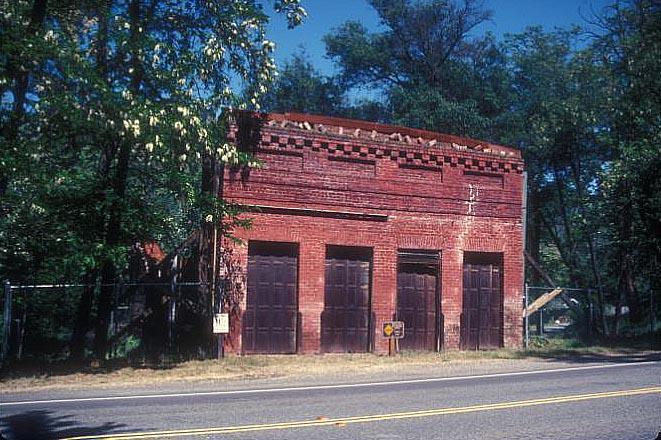 Robert Bell'S Store