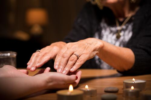 receiving a psychic medium reading