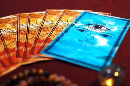 Tarot card reading third eye fortune teller