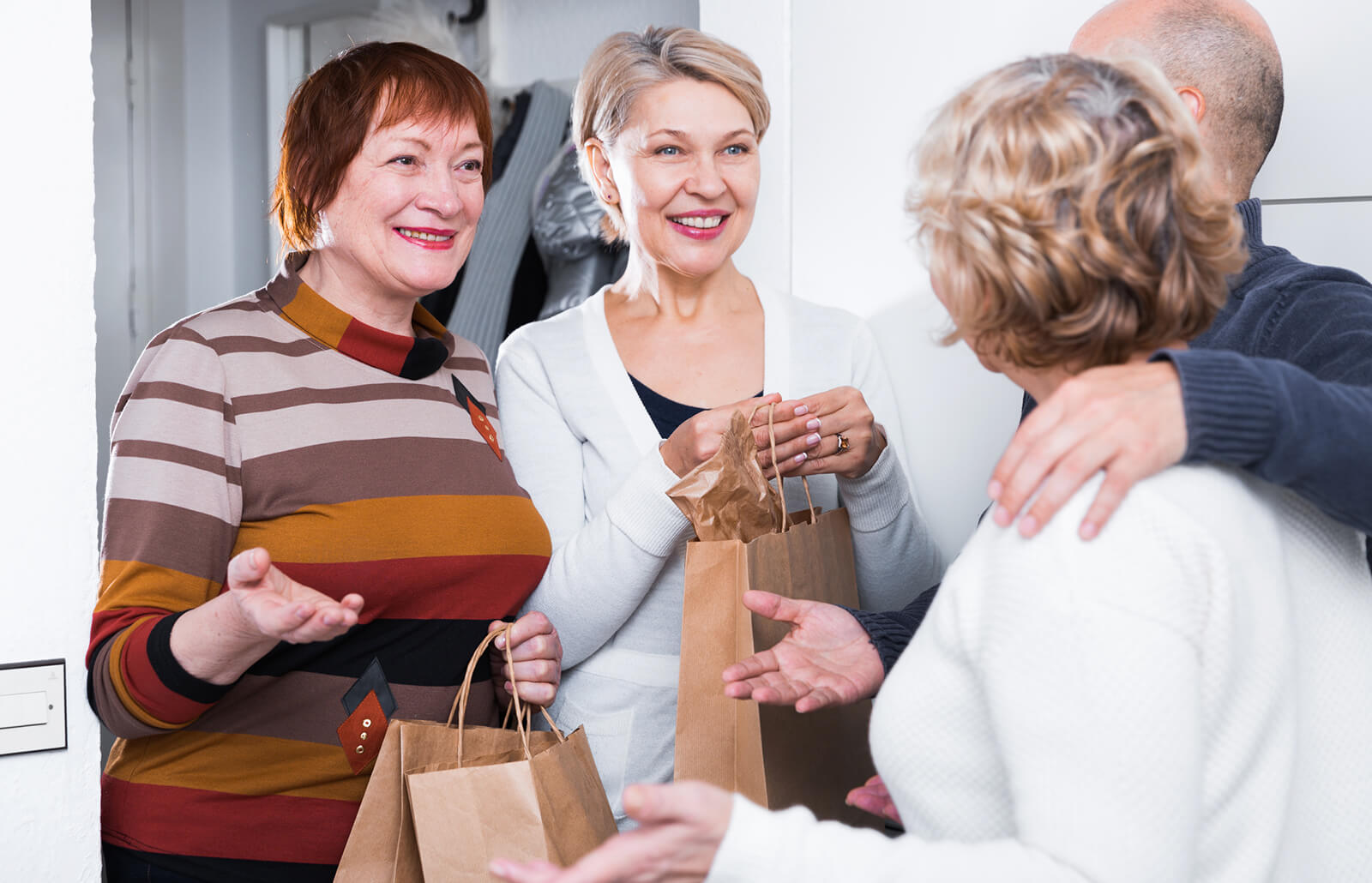 What To Put In Goody Bags For Adults Lovetoknow