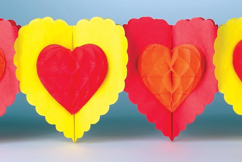 https://cf.ltkcdn.net/party/images/slide/105675-800x535-HeartBanner.jpg