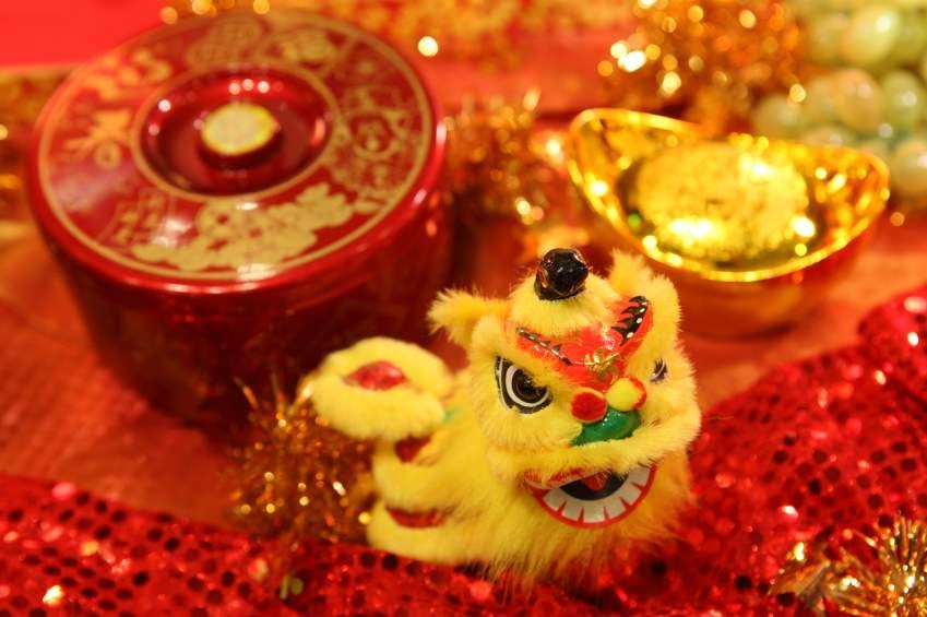 chinese new year decorations lovetoknow - Chinese New Year Decorations