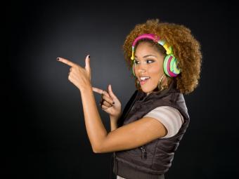 https://cf.ltkcdn.net/party/images/slide/105740-800x600-TeenMusic.jpg