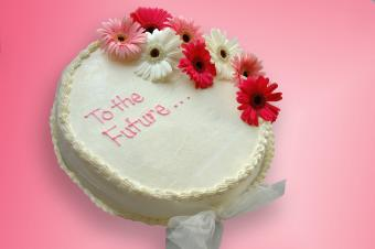 https://cf.ltkcdn.net/party/images/slide/105886-850x565-To_the_future.jpg