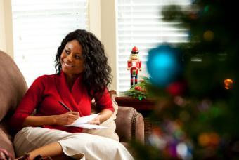writing Christmas invitation