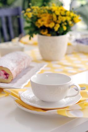 Yellow tea setting