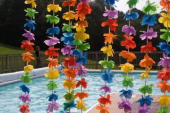 Swimming Pool Party Themes