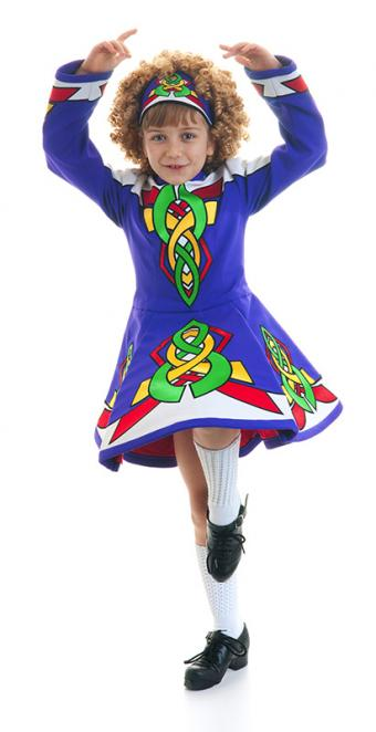 Little girl Irish dancing