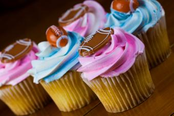 Gender colored cupcakes