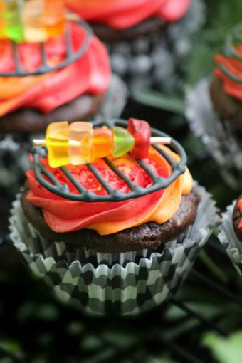 Grill cupcakes from FrugalMomEh.com