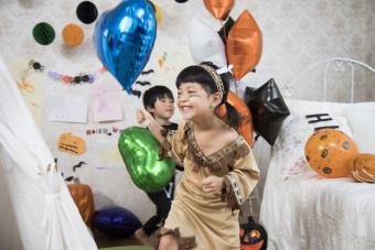 https://cf.ltkcdn.net/party/images/slide/281524-850x567-9-halloween-kids-party.jpg