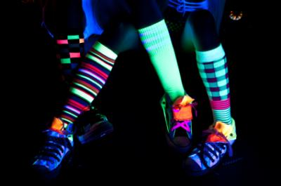 glow in the dark dancing feet