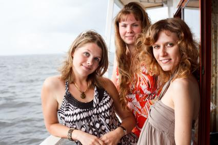 Bachelorettes on a cruise