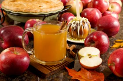 Apple cider and apples