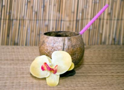 coconut tiki drink