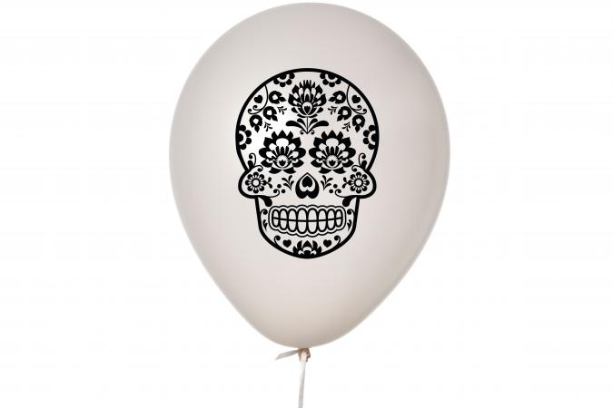 Balloon with skull