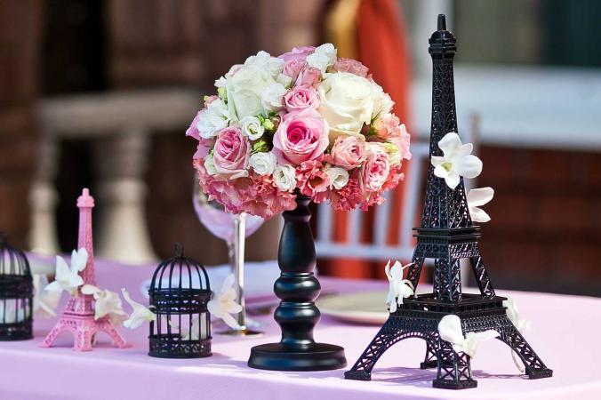 Paris-themed party decor