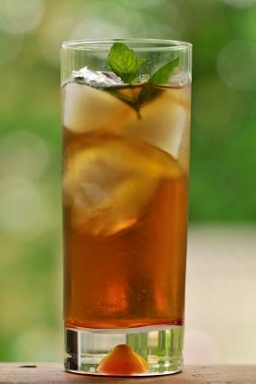 Mint_julep_cocktail.jpg