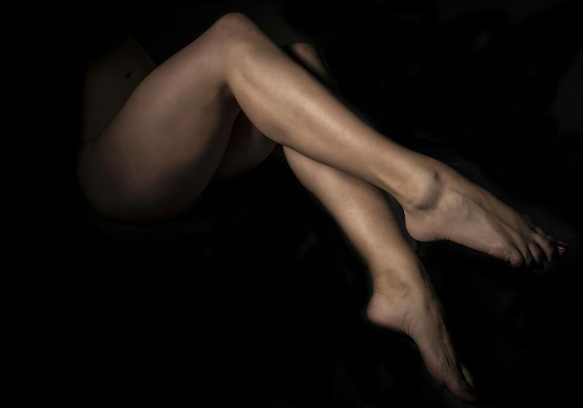 https://cf.ltkcdn.net/photography/images/slide/256784-850x595-11_woman_legs.jpg