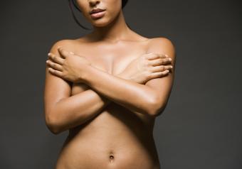 https://cf.ltkcdn.net/photography/images/slide/256745-850x595-8_woman_pose_arms_crossed.jpg