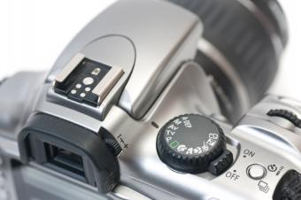 https://cf.ltkcdn.net/photography/images/slide/62590-849x565-Learn-Camera-Settings.jpg