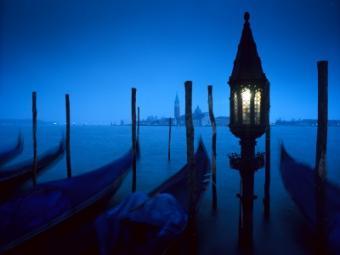 https://cf.ltkcdn.net/photography/images/slide/62675-400x300-Night6.jpg