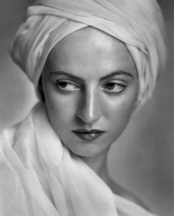Betty Low, 1936 by Yousuf Karsh http://www.karsh.org/#/the_work/early_photographs/betty_low/