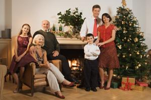 What To Wear For The Christmas Family Portrait