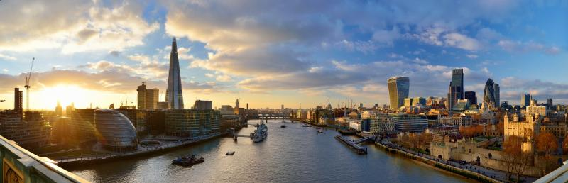 panoramic photo of London