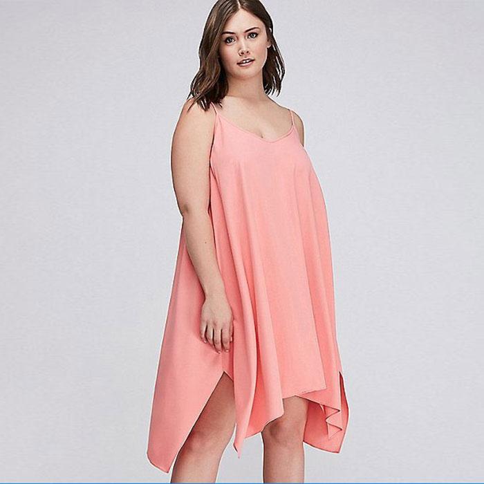 https://cf.ltkcdn.net/plussize/images/slide/213440-700x700-SHARKBITE-HEM-SWING-DRESS.jpg