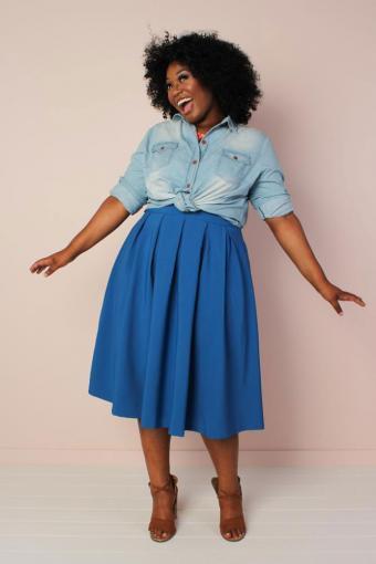 https://cf.ltkcdn.net/plussize/images/slide/234323-479x718-the-kate-midington-cobalt-blue-skirt.jpg