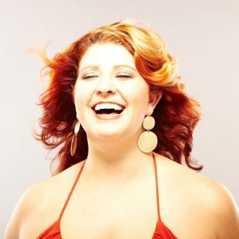 https://cf.ltkcdn.net/plussize/images/slide/235455-850x850-1-hairstyles-plus-size-women.jpg