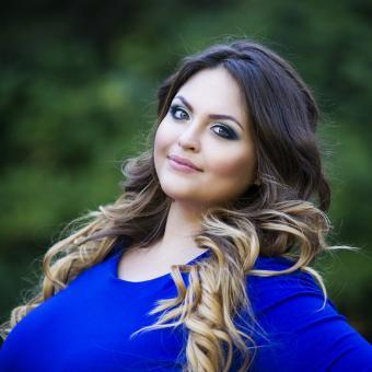 https://cf.ltkcdn.net/plussize/images/slide/235457-850x850-3-hairstyles-plus-size-women.jpg