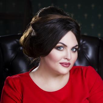 https://cf.ltkcdn.net/plussize/images/slide/235466-850x850-12-hairstyles-plus-size-women.jpg