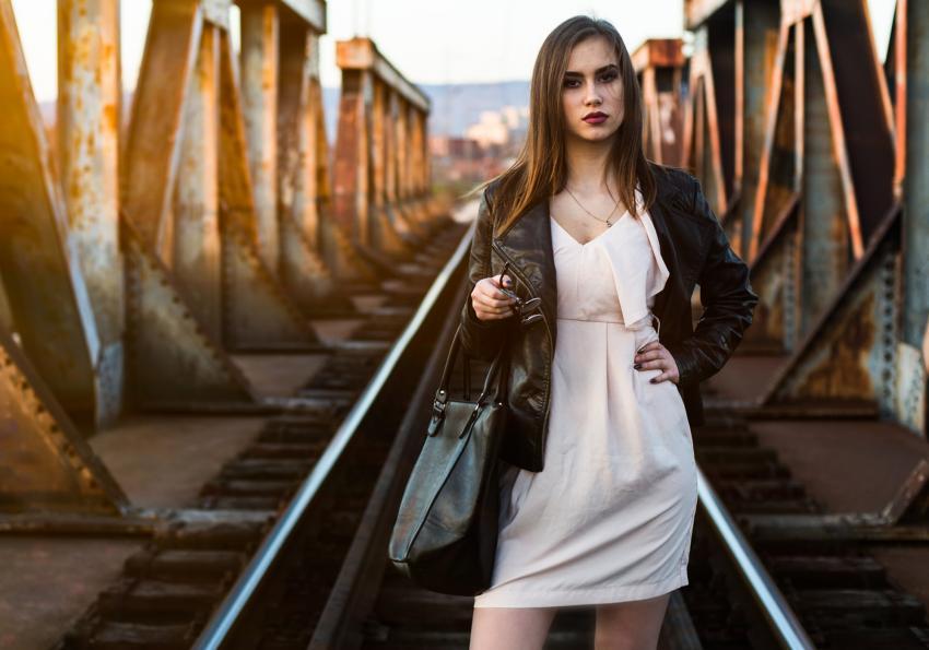 https://cf.ltkcdn.net/pregnancy/images/slide/251517-850x595-4_Model_dress_jacket.jpg