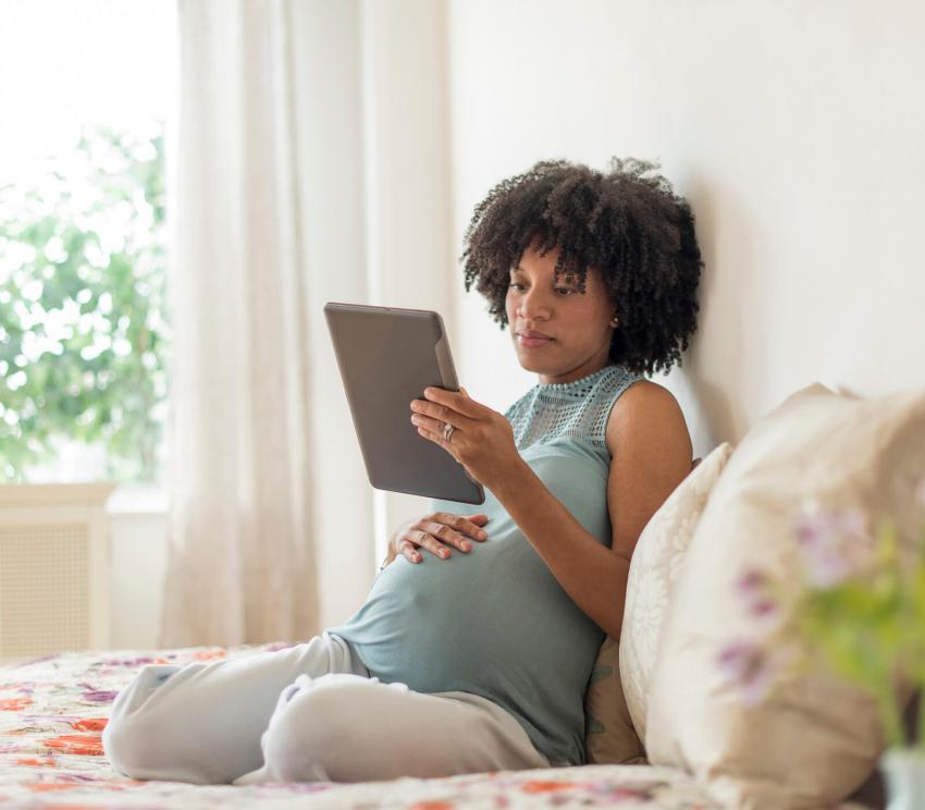 https://cf.ltkcdn.net/pregnancy/images/slide/253969-850x744-22-gift-ideas-pregnancy.jpg