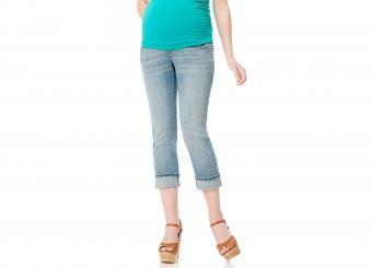 https://cf.ltkcdn.net/pregnancy/images/slide/212337-850x611-Motherhood-Maternity-Crop-Jeans.jpg