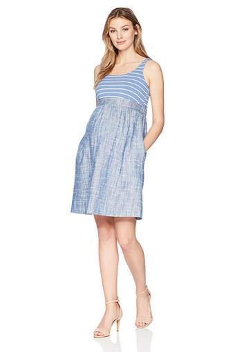 https://cf.ltkcdn.net/pregnancy/images/slide/233763-850x1275-stripes-maternity-dress.jpg