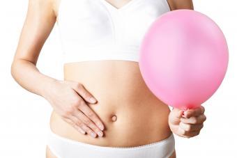 Swollen stomach in early pregnancy