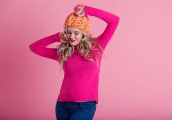 https://cf.ltkcdn.net/pregnancy/images/slide/251514-850x595-1_Pink_sweater.jpg