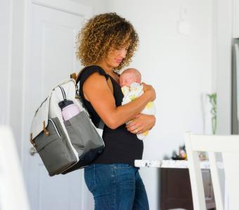 https://cf.ltkcdn.net/pregnancy/images/slide/253951-850x744-14-gift-ideas-pregnancy.jpg