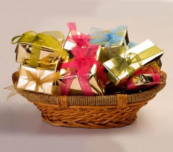 https://cf.ltkcdn.net/pregnancy/images/slide/254169-850x744-27-gift-ideas-pregnancy.jpg