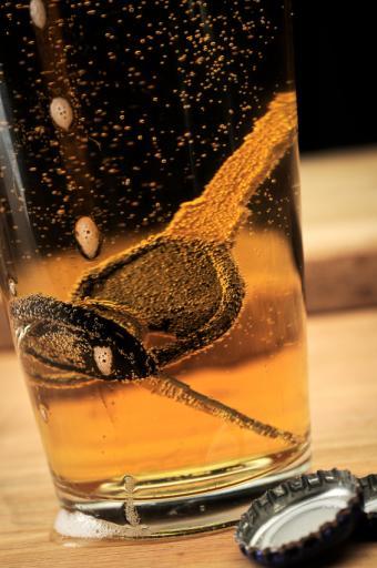https://cf.ltkcdn.net/safety/images/slide/147362-565x850r1-DrunkDriving.jpg
