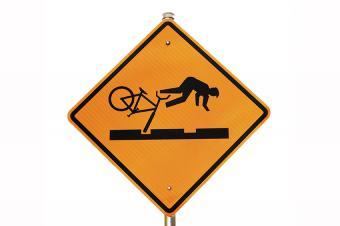 https://cf.ltkcdn.net/safety/images/slide/170044-850x566-Bicycle-Safety-Sign.jpg