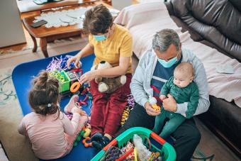 Grandparents with children, quarantine coronavirus