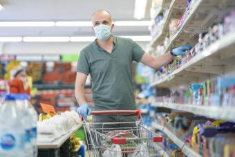 How to Stockpile Food for an Emergency