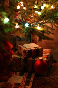 Christmas_tree_lights.jpg
