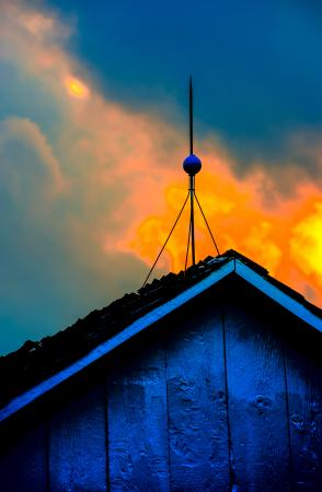 lightning rod on barn roof