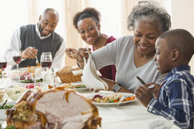 Serving Thanksgiving turkey